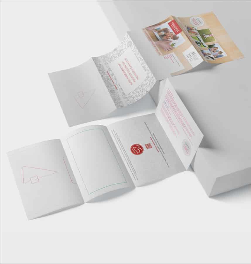 2G Media & Marketing Gestaltung Werbung Print Direktmarketing Mailing Happy-Card für Familotel Amerang München Rosenheim Ebersberg Druckvorstufe Werbeagentur Marketing 2gmedia